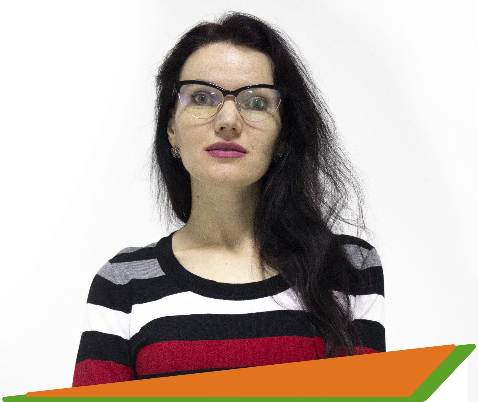Фролова Наталия Анатольевна- преподаватель французского и английского языков -