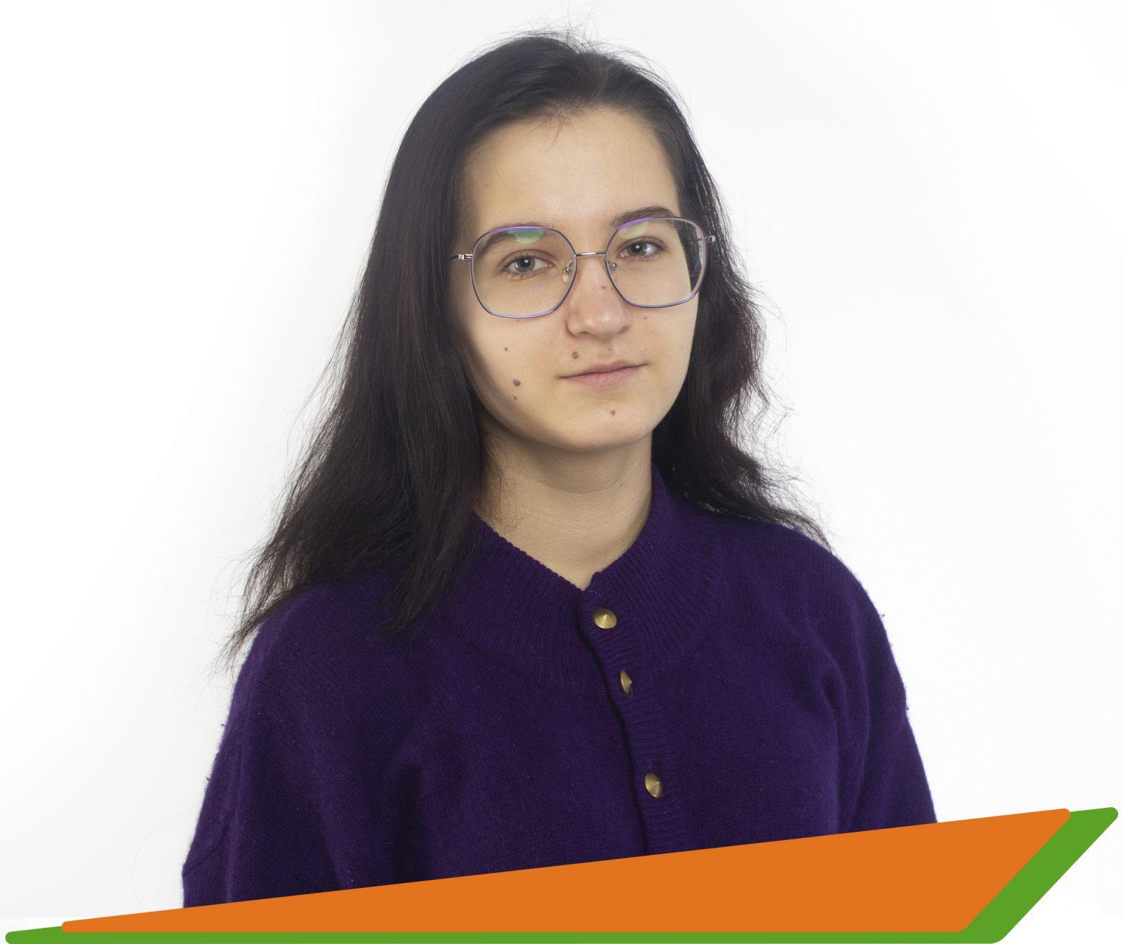 Шипатова Ольга Владимировна - - преподаватель английского и французского языков